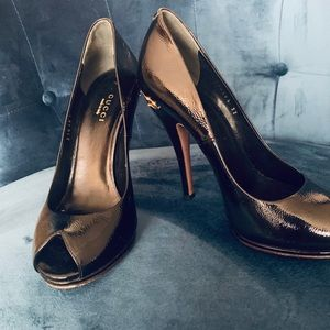 Gucci Horsebit Peep-Toe Pumps,Style #310185